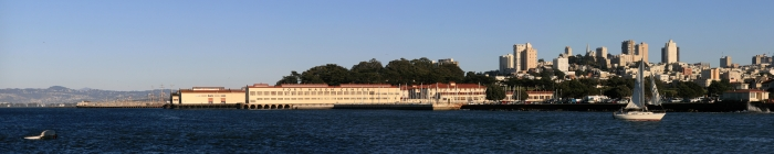 Fort_Mason_Center_and_Downtown_San_Francisco