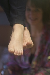 Lara's feet